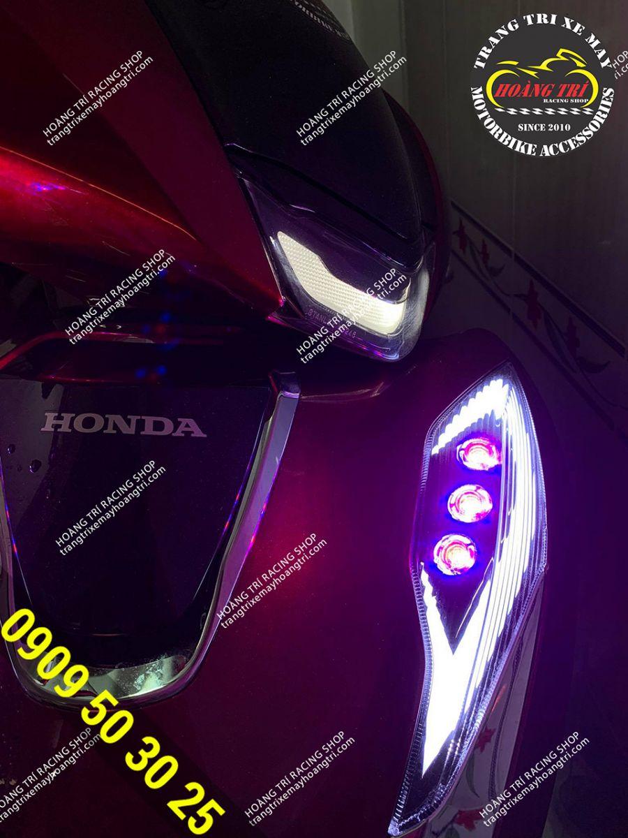 LED Audi SH 2020 với 6 đèn Oblock (Mỗi bên 3 bóng)
