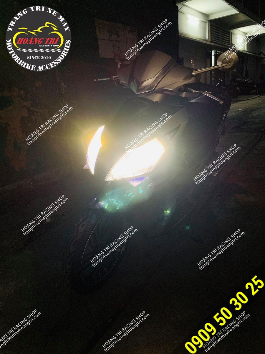 Cảm nhận độ sáng của đèn pha Led T6 Turbo chân H4