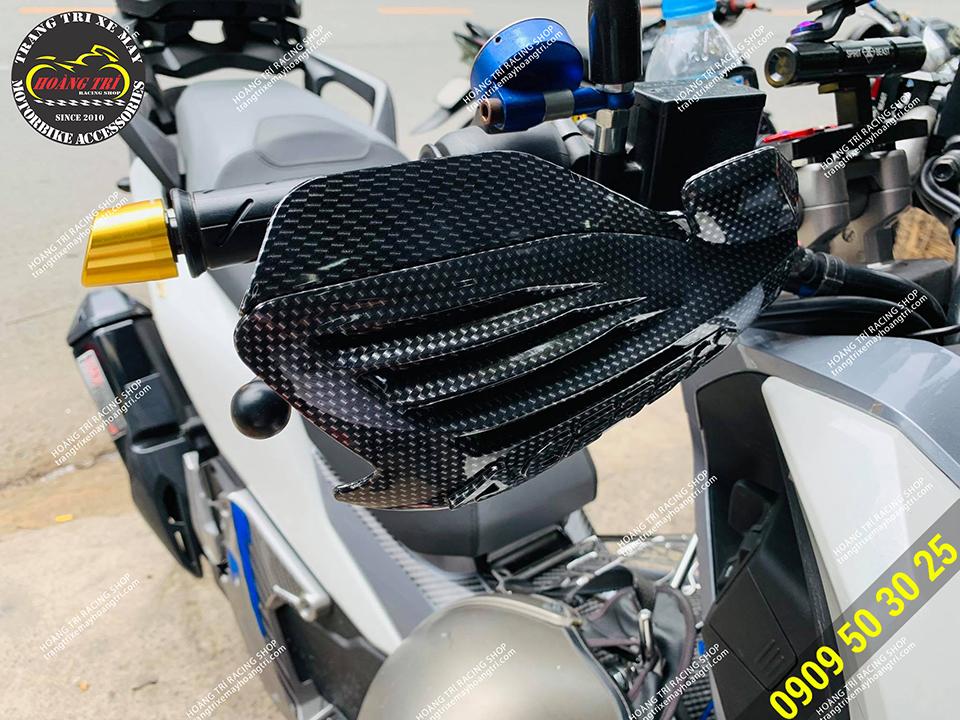 Bảo vệ tay lái Acerbis Carbon Diamond (bên phải)