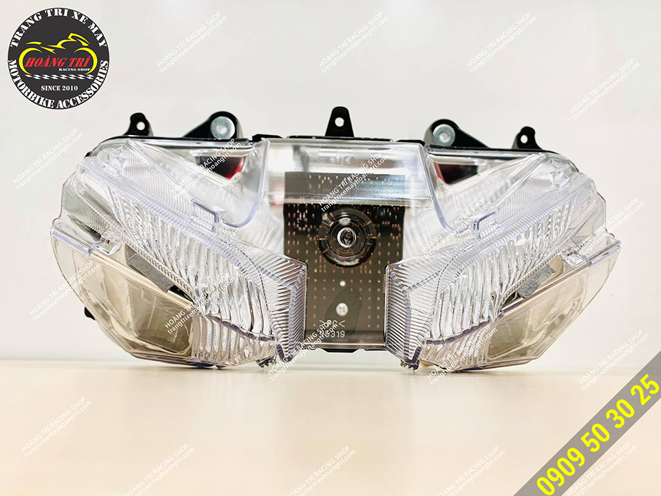 Cận cảnh cụm đèn pha Exciter 155 chính hãng