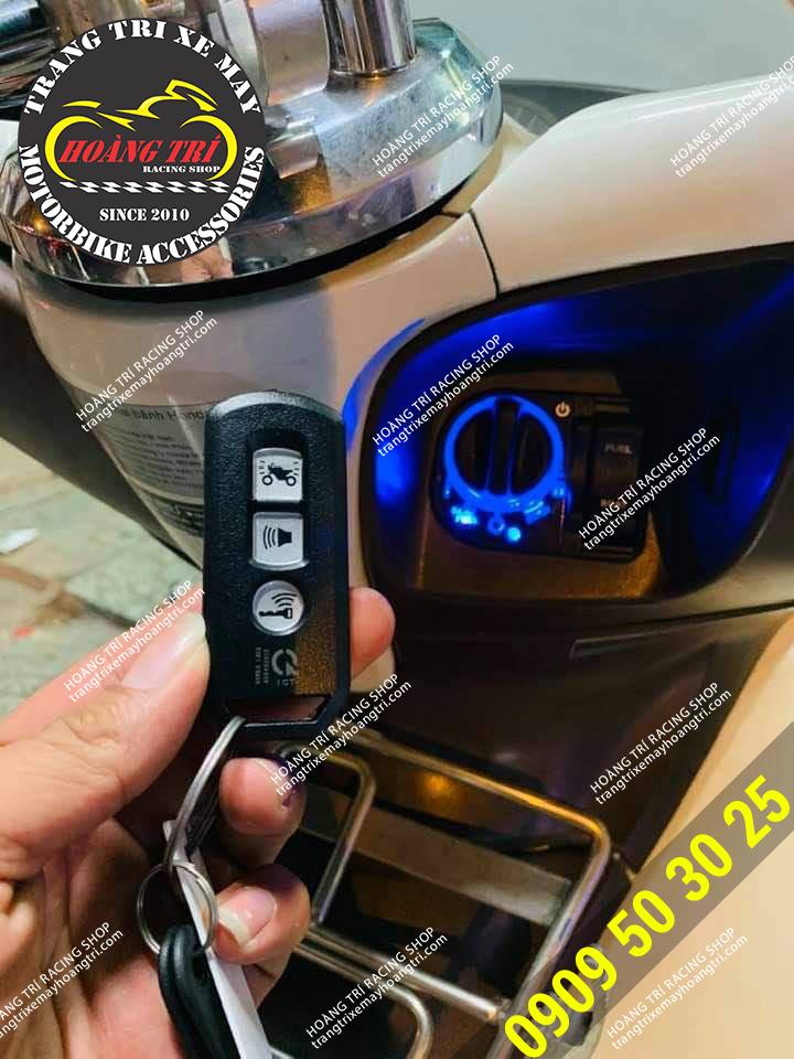 Mặt trước remote smartkey chính hãng Honda (PCX 2011)