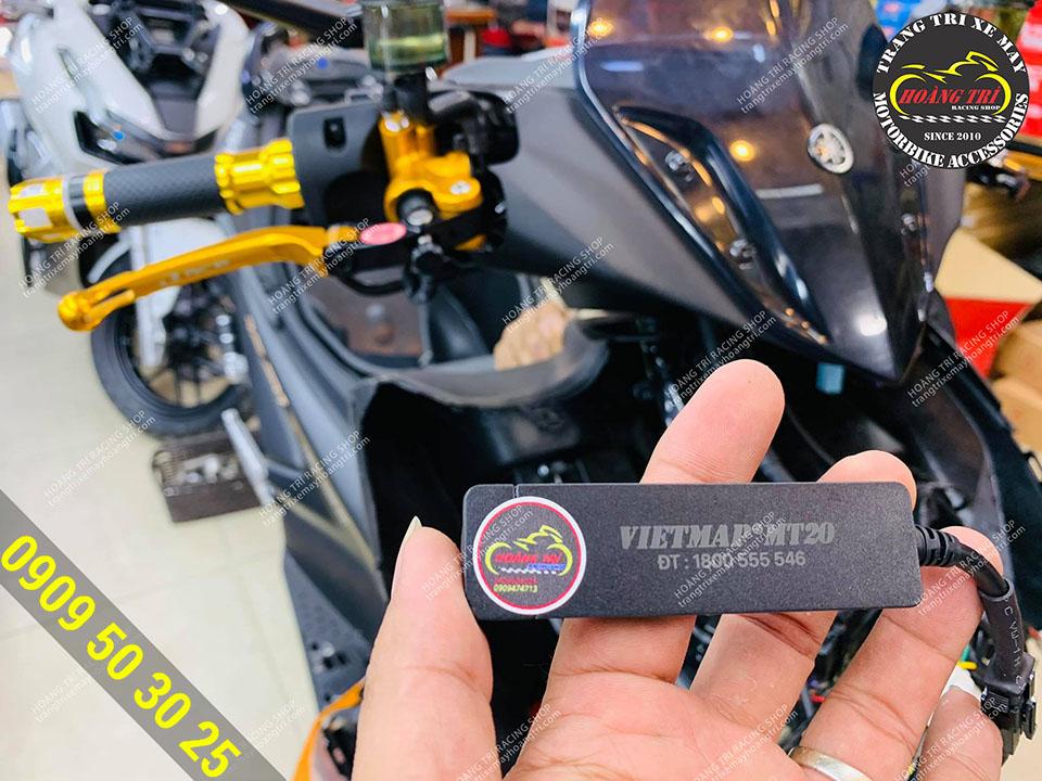 Trên tay thiết bị định vị xe máy MT20