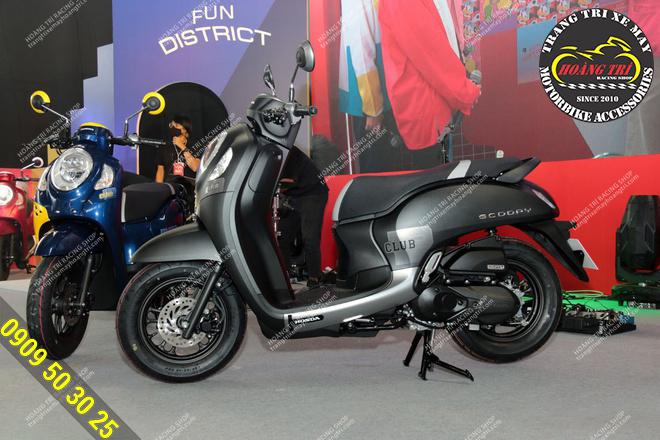 Diện mạo của Honda Scoopy Club 2021 màu xám