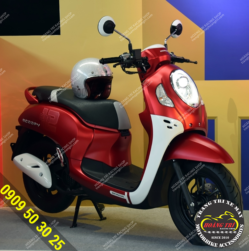 Diện mạo của Honda Scoopy Club 2021 màu đỏ
