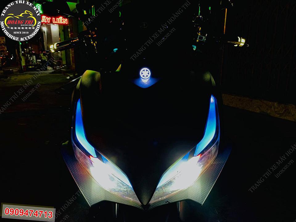 Góc trực diện chiếc NVX 2021 sau khi lên LED logo