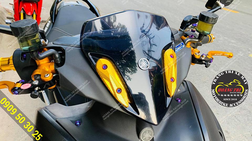 Chiếc NVX 2021 trang bị nẹp ninja màu vàng
