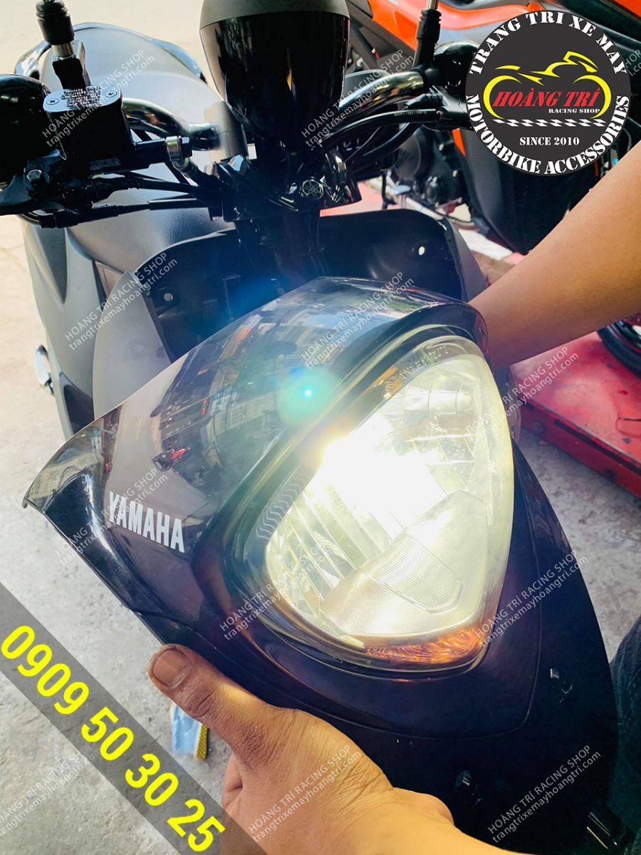 Ngoài ra, để tăng sáng đèn pha Fino Sporty anh khách còn lựa chọn cho mình  Đèn Pha Led XHP 70 L9