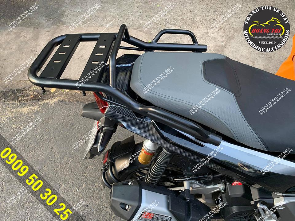 Cản sau H2C trang bị cho xe - phụ kiện đẳng cấp cho xe ADV 150