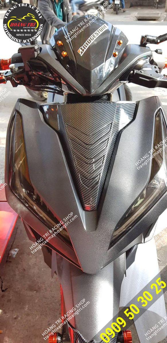 Mặt nạ Vario phiên bản Việt sơn carbon gắn Click Vario 2018