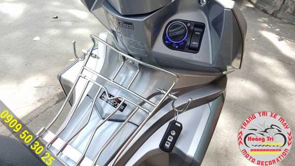 Airblade 2016 độ bộ khóa Smartkey chính hãng Honda tại Hoàng Trí Racing Shop