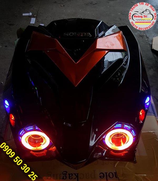 Đèn mắt cú và mặt nạ được nhập trực tiếp từ Honda