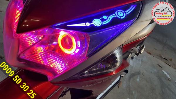 Hoa văn trên đèn led audi tạo nên sự ảo diệu cho xế