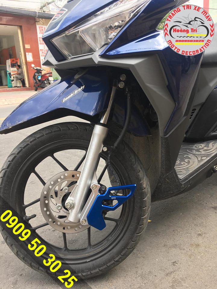 Past bảo vệ heo dầu Click Thái màu xanh nổi bật