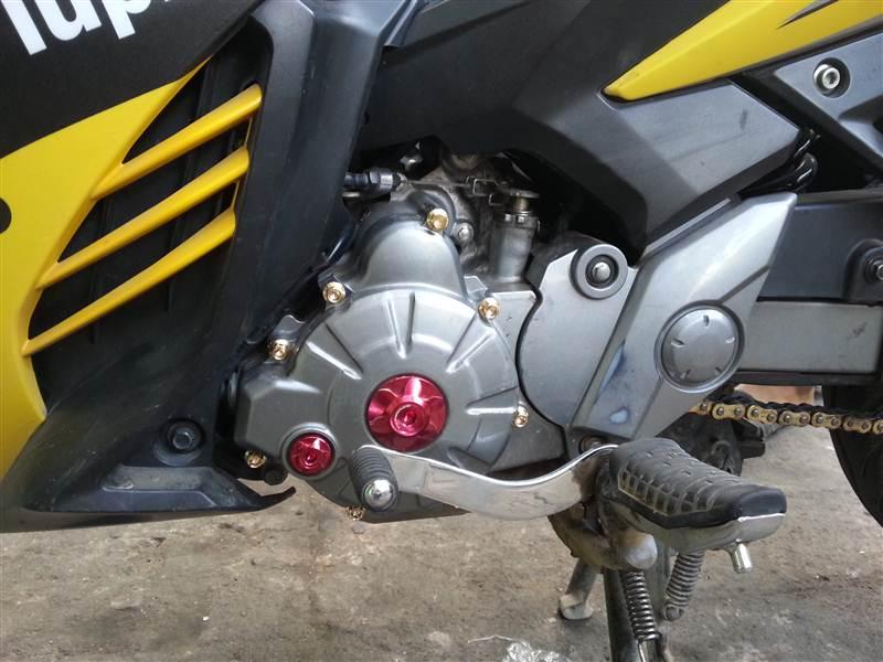 Bộ ốc lốc máy Exciter 135 vàng