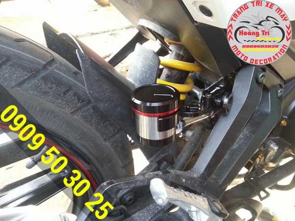 Bình dầu đã được lắp trên xe Exciter