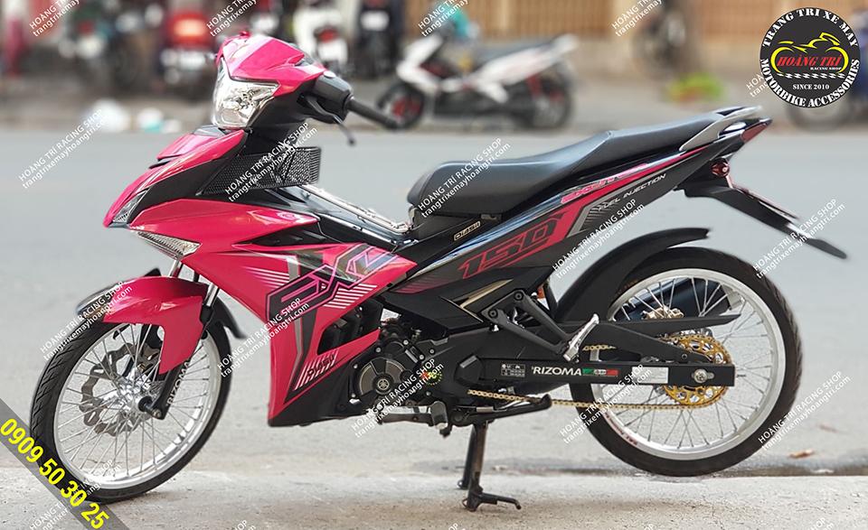 Exciter hồng thay đổi phong cách với combo bánh căm exciter 150