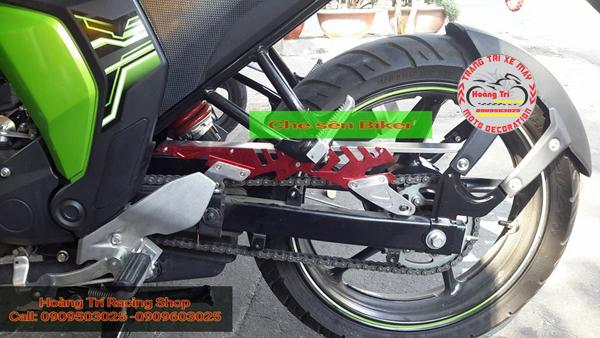 Che sên (carte) Biker CNC màu đỏ nổi bật trên xe Fz-s