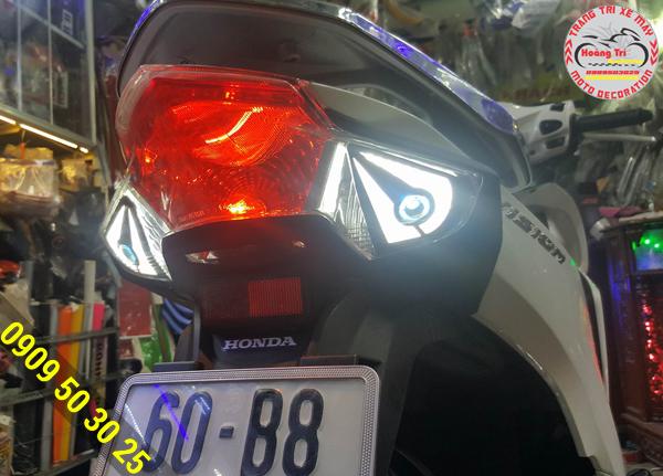 Gắn đèn led audi trước và sau giúp xe thêm phần đẹp mắt