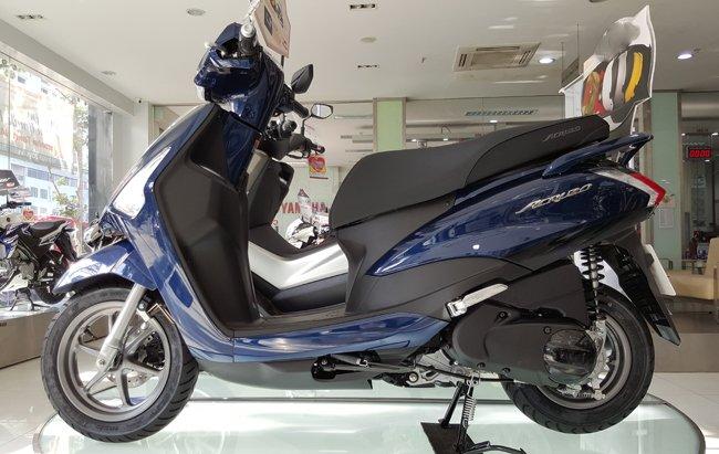 dán keo xe giá rẻ cho xe Yamaha Acruzo 1