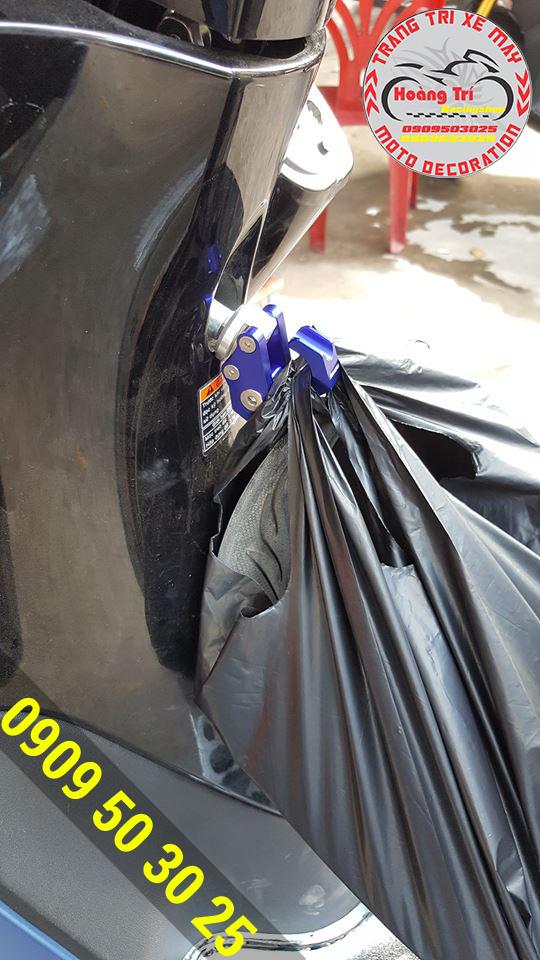 Móc được các vật nặng - giải pháp cho xế yêu không có cốp xe lớn