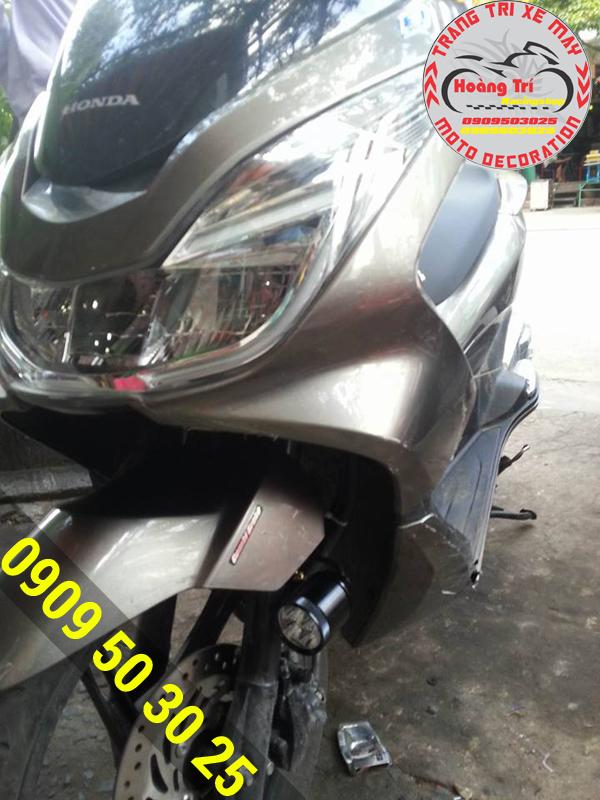 Đèn L4 đã được lắp đặt cho xế Honda PCX