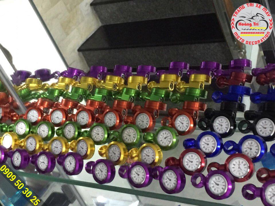 Đồng hồ xem giờ nhiều màu sắc lựa chọn thỏa thích