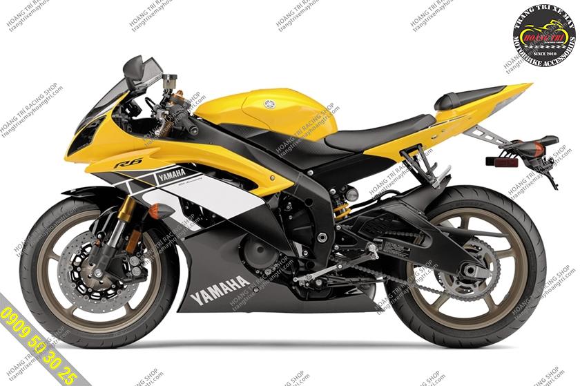 Gấp GP Racing được biết đến với thiết kế giống với Yamaha R6