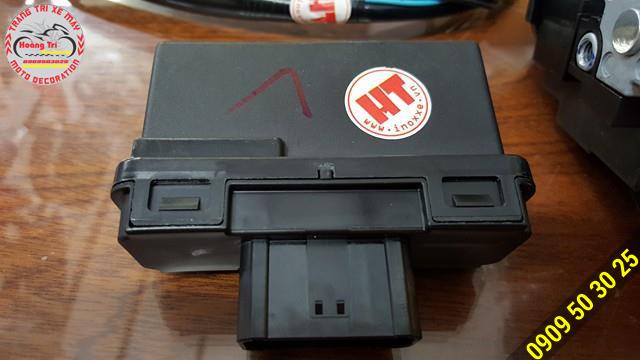 Từng bộ phận của khóa Smartkey đều có tem của Hoàng Trí