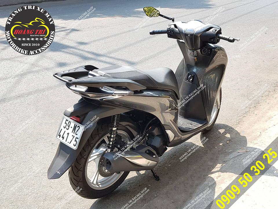 Màu sắc tông sẹc tông với xế cưng SH 2020 màu đen