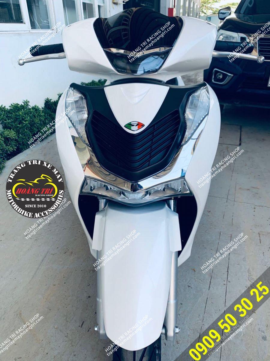 SH 2020 màu trắng lắp mặt nạ SH Ý màu trắng