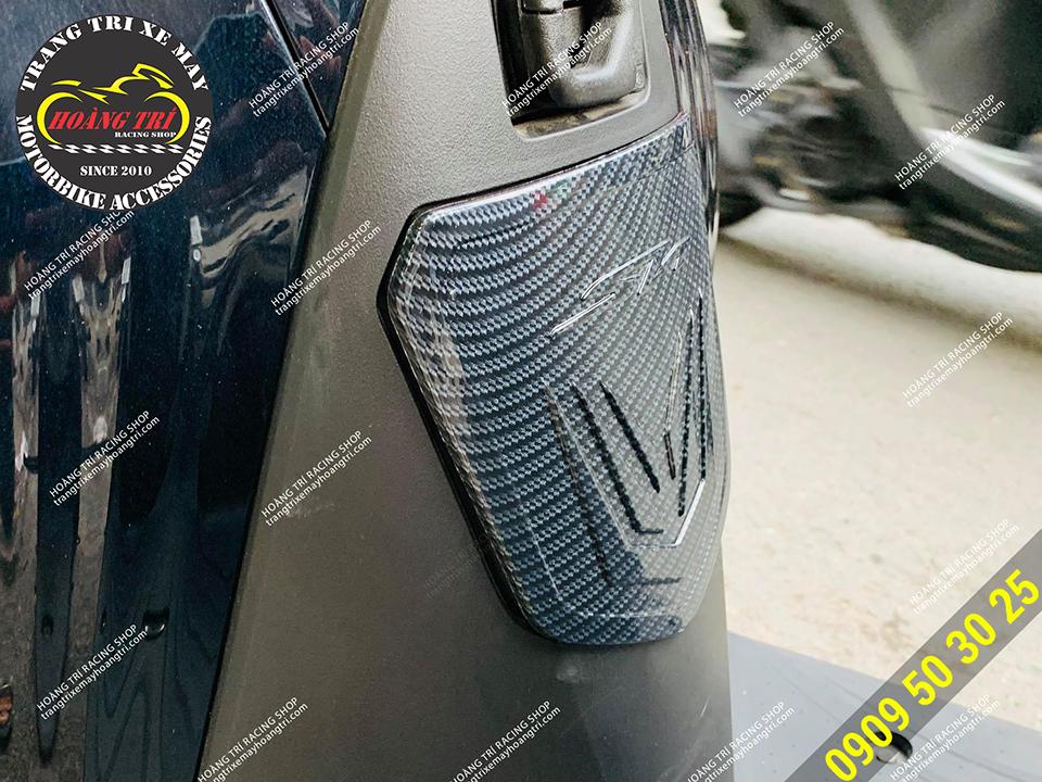Nắp bình xăng sơn carbon - đồ chơi xe SH 2020