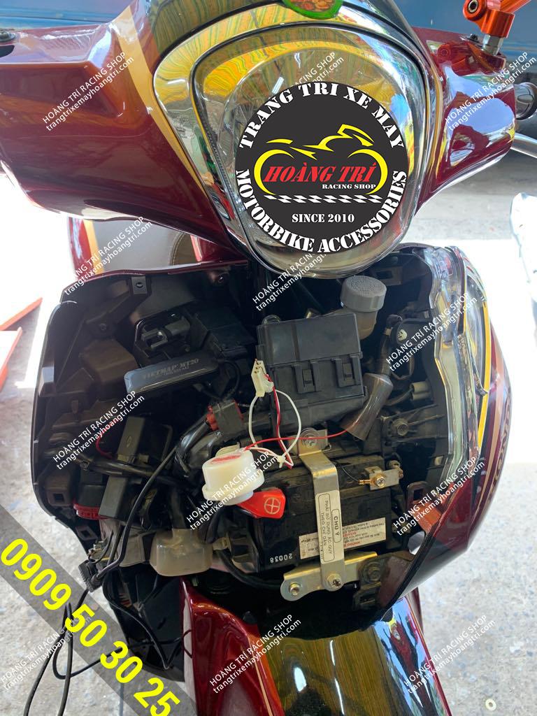 SH Mode đã được lắp đặt định vị xe máy MT20
