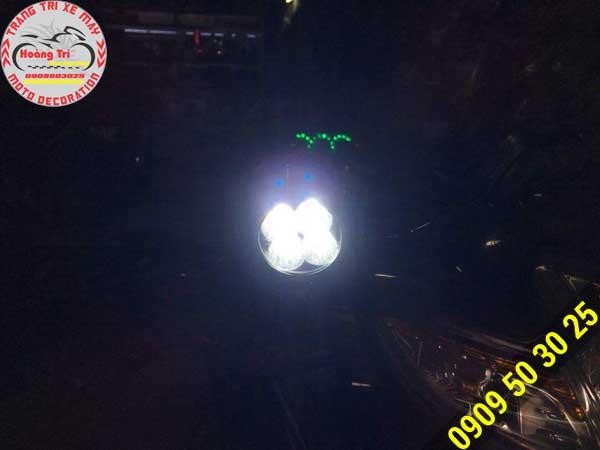 Test độ sáng đèn cho xe Wave