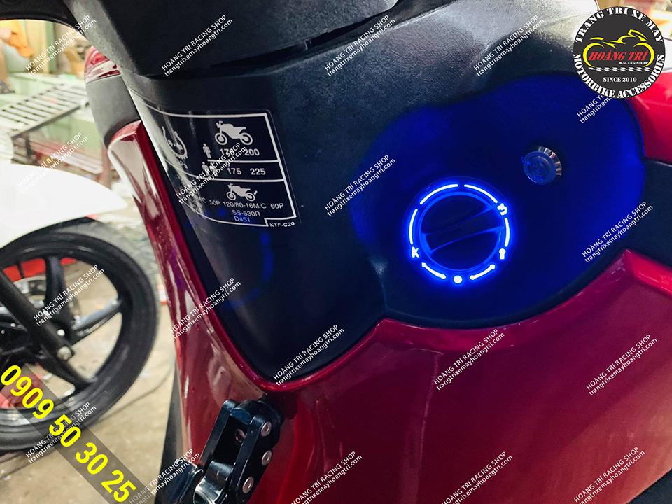 Với vòng LED mang lại sự nổi bật cho xế cưng