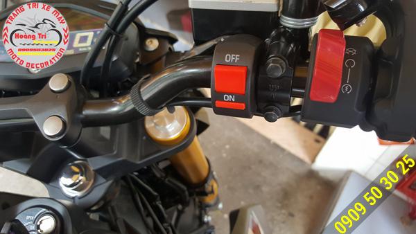 Công tắc on/off dùng để bật đèn cho xe máy