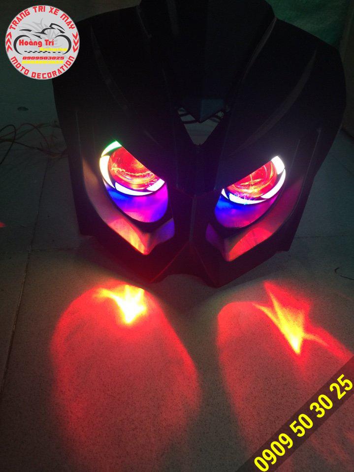 Đèn đã được thay thế đầu đèn zin của xe