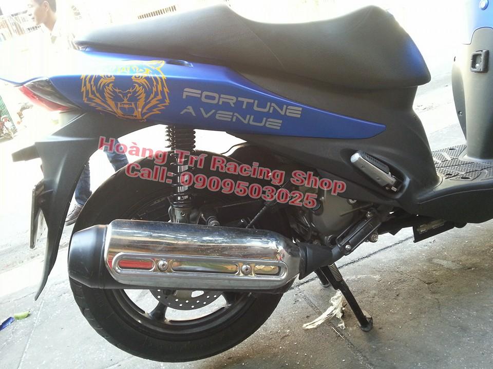 Dán decal nhôm xe máy