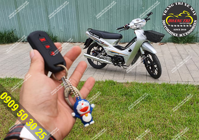 Trên tay chiếc remote thần thánh của khóa smartkey honda