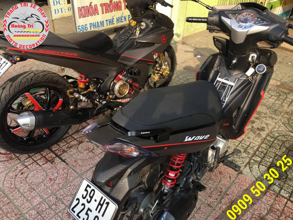 Wave RSX 2012 so dáng với Exciter 150
