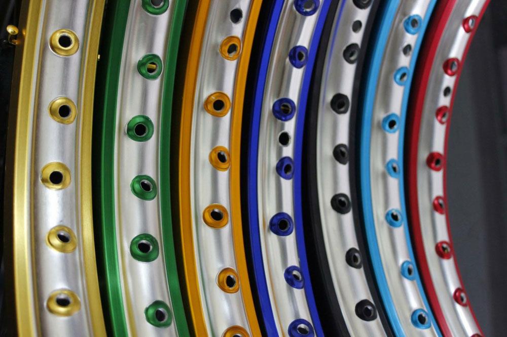 Niềng nhôm Benzai có nhiều màu sắc cho bạn lựa chọn