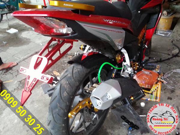Với màu đỏ tông sẹc tông với màu xe, ngoài ra còn rất nhiều màu khác tại Hoàng Trí Racing Shop