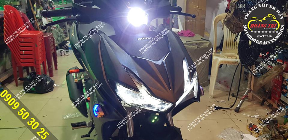 L4 light for more maneuverability when turning