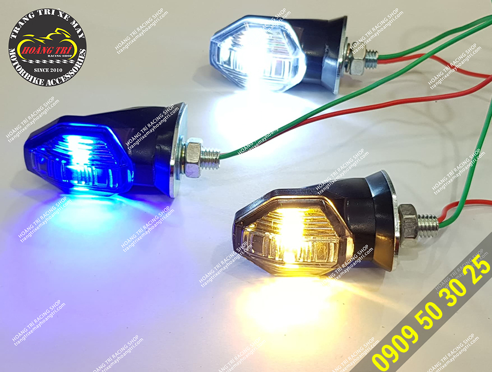 Products CD319 LED turn signal light with 3 colors