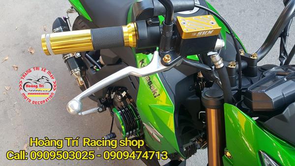 Bao tay kiểu motowolf được gắn cho Kawasaki Z125 nổi bật trên xế