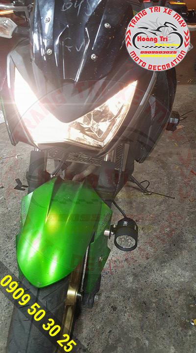 Đèn l4x gắn phuộc trước cho ánh sáng soi đường rõ nét
